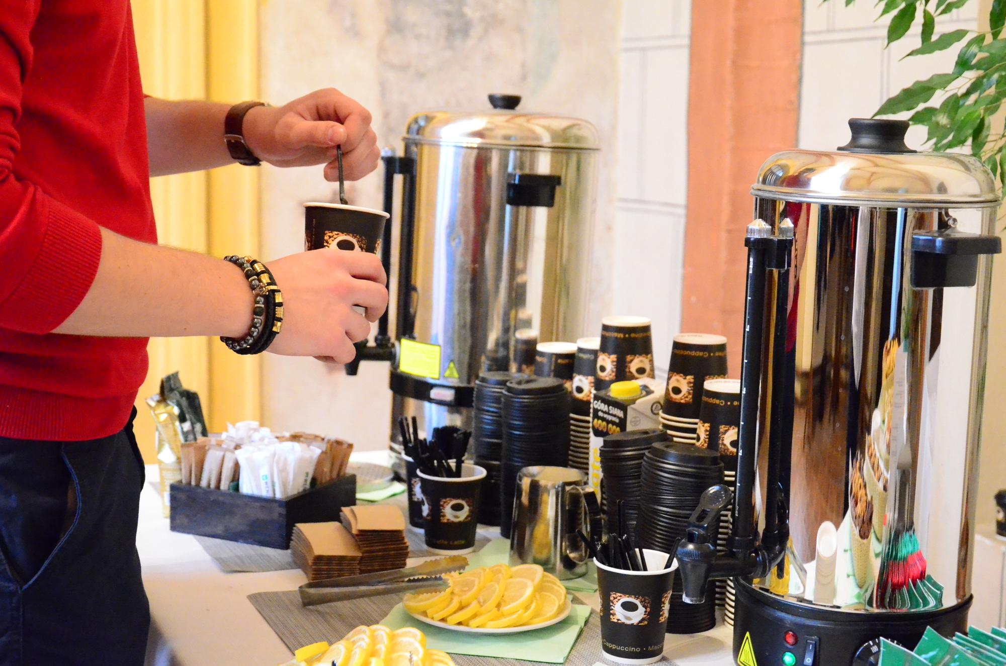 dobra kawa na sluzbowe spotkania