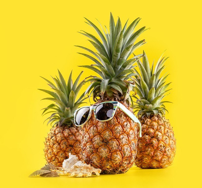 Summertime pineapples with sunglasses