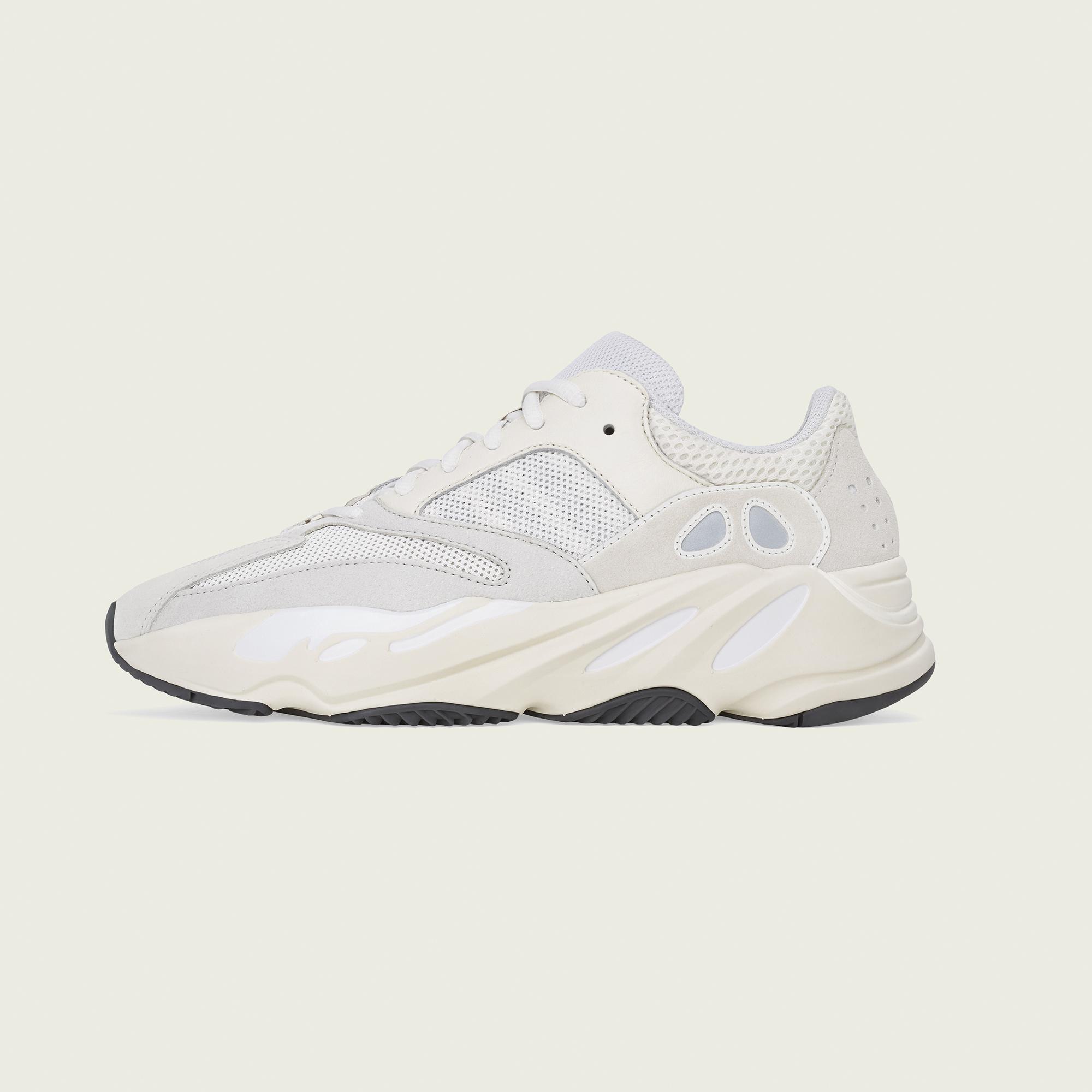 3e9781de2 Shoes adidas YEEZY BOOST 700 V2  ANALOG