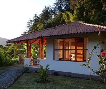 quetzalsuites-ismaelcala.com