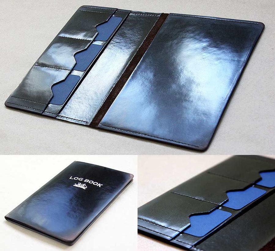 фото кожаной обложки логбука с внутренними карманами для сертификатов IYT